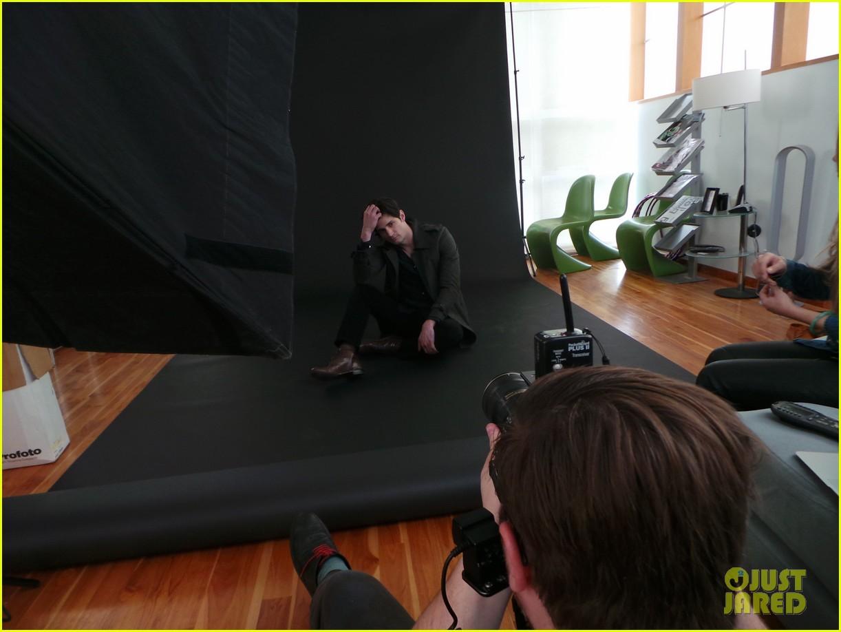james lafferty jj spotlight behind the scenes pics exclusive 063078422