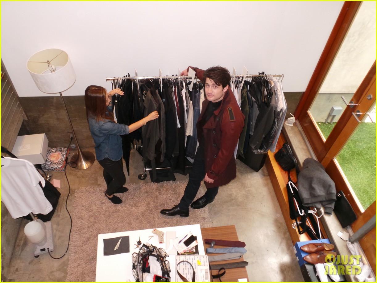 james lafferty jj spotlight behind the scenes pics exclusive 103078426