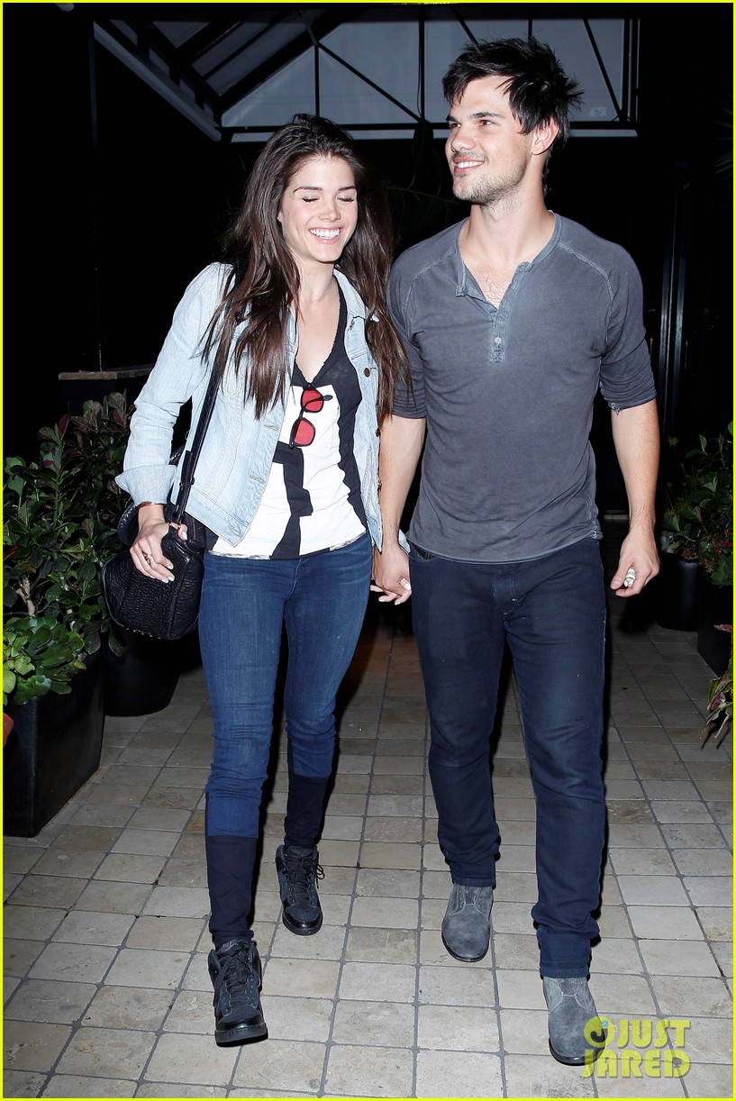 taylor lautner marie avgeropolous look so in love on dinner date 083071938