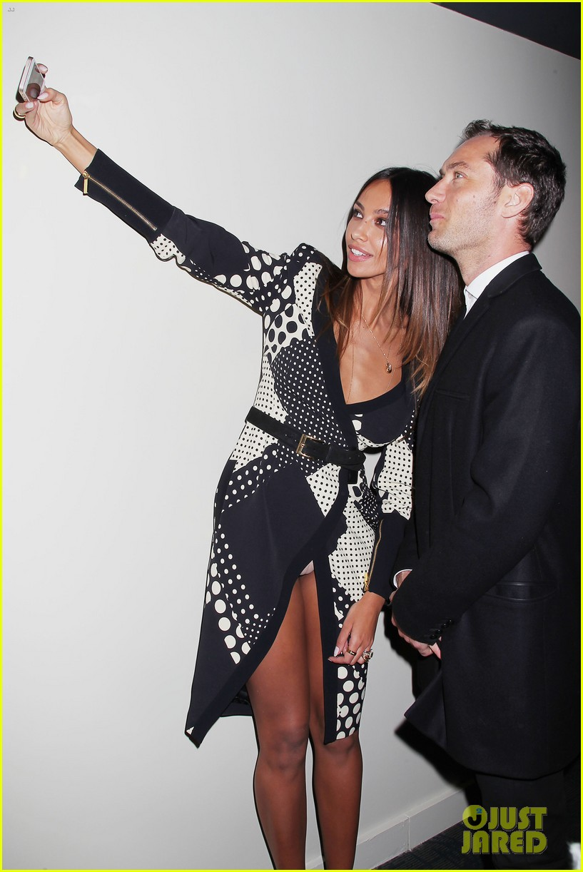 jude law madalina ghenea take a selfie 283080153