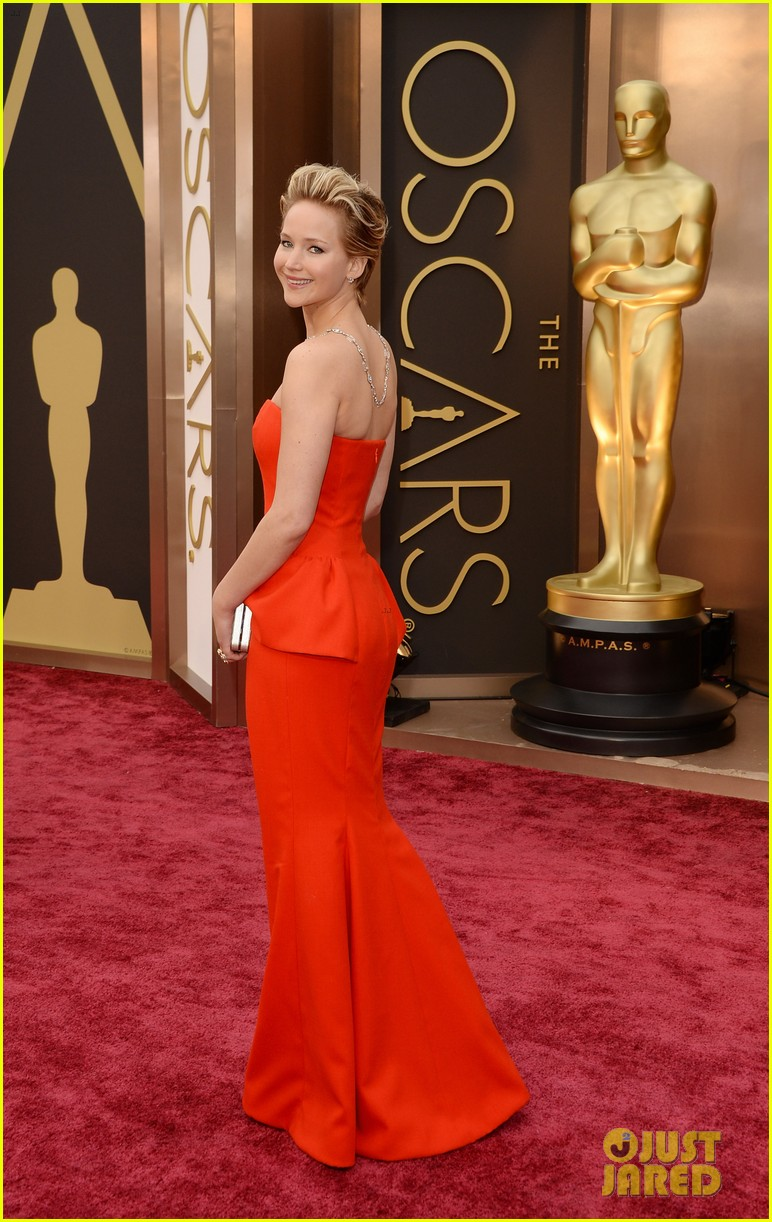 jennifer lawrence oscars 2014 red carpet 123063866