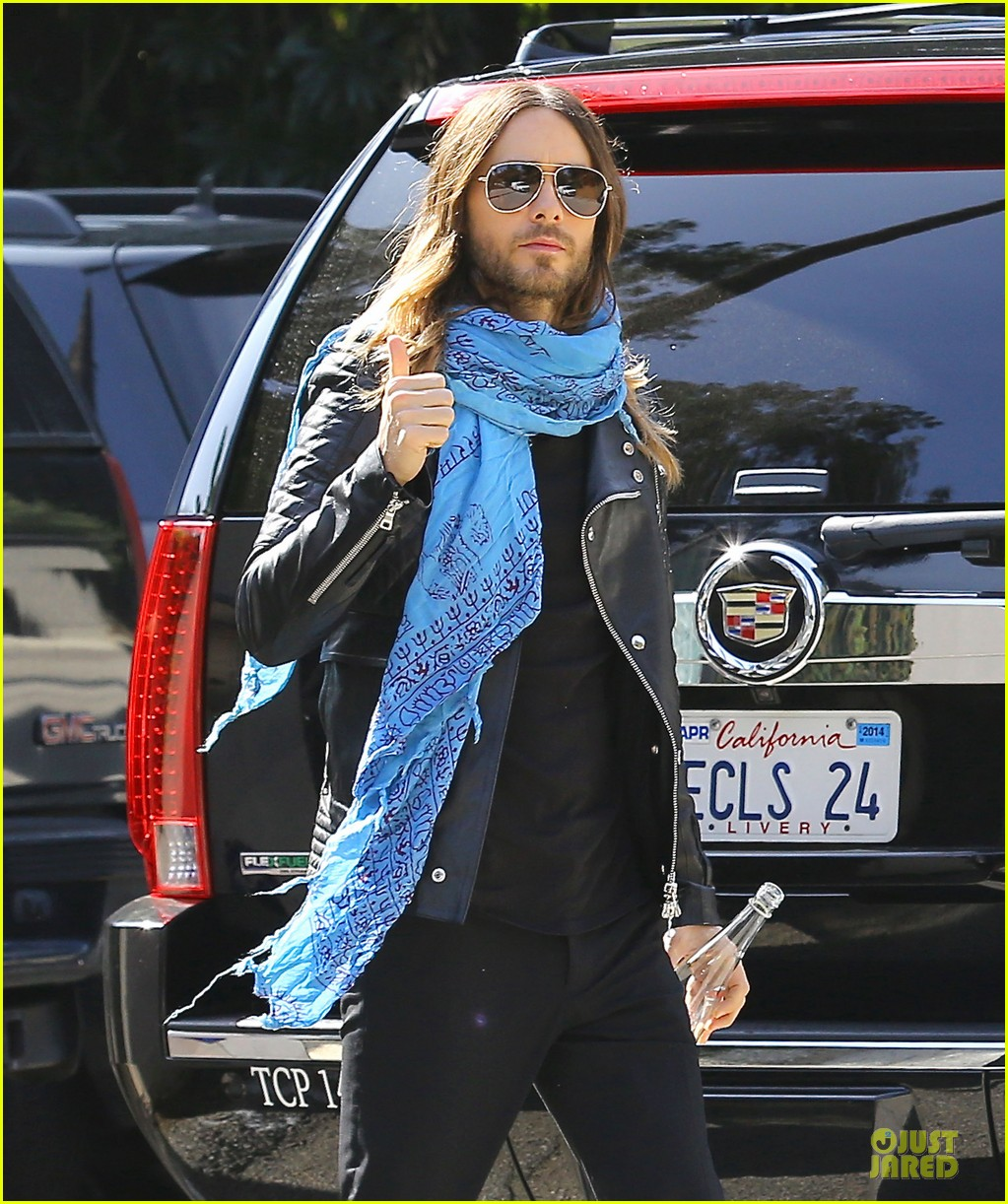 jared leto thumbs up for my best supporting actor oscar win 023066093