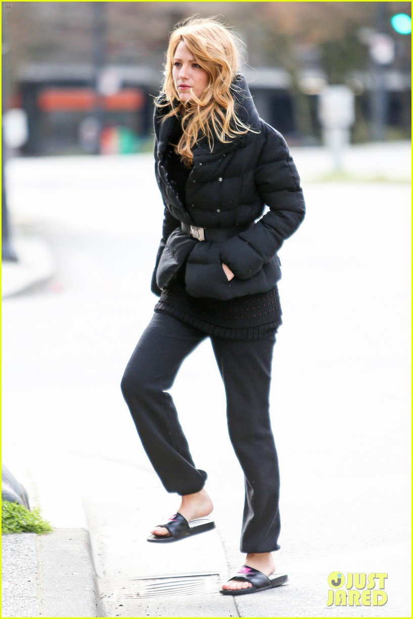 blake lively pulling all nighters 033077878