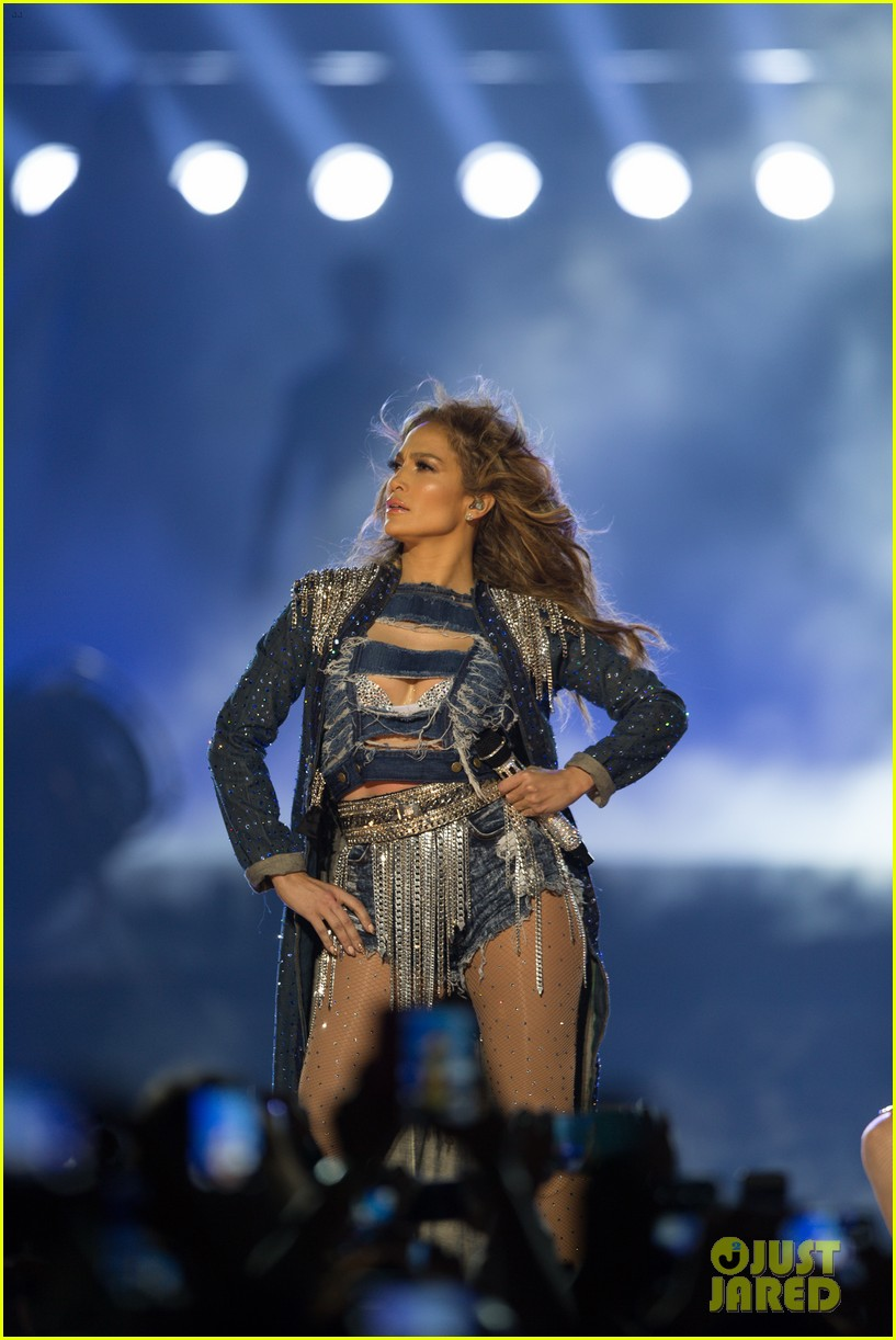 jennifer lopez dubai concert photos 193081530