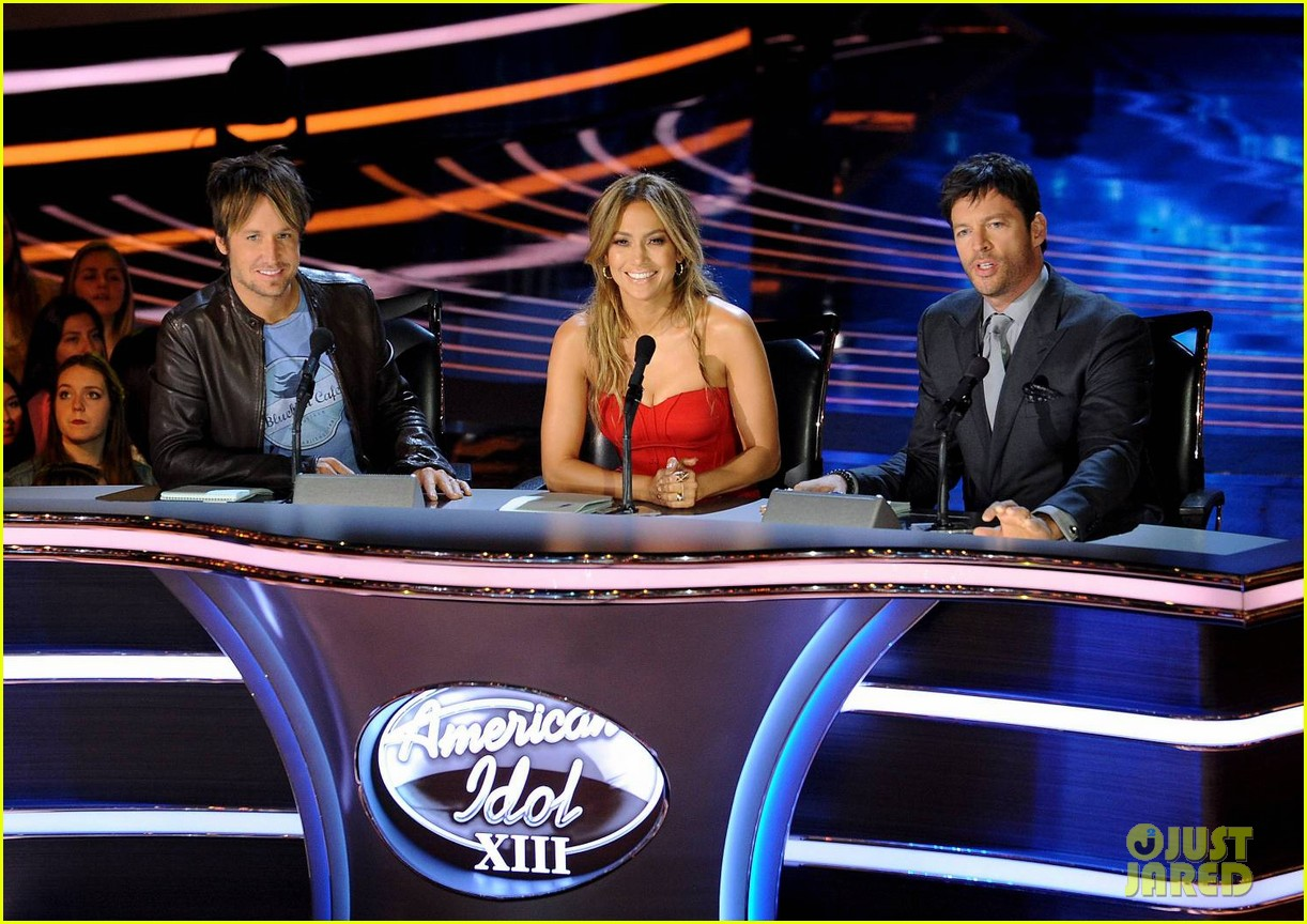 jennifer lopez is red hot for american idol results show 043080159
