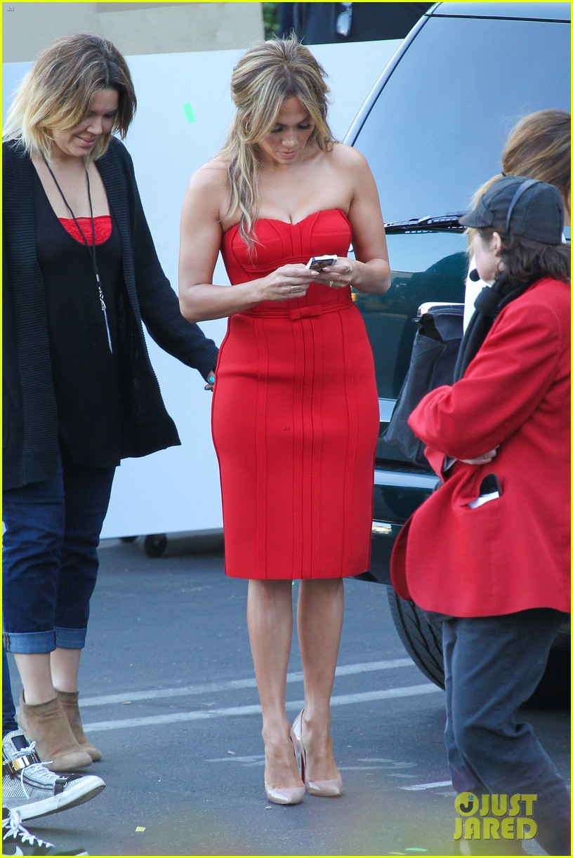jennifer lopez is red hot for american idol results show 303080185