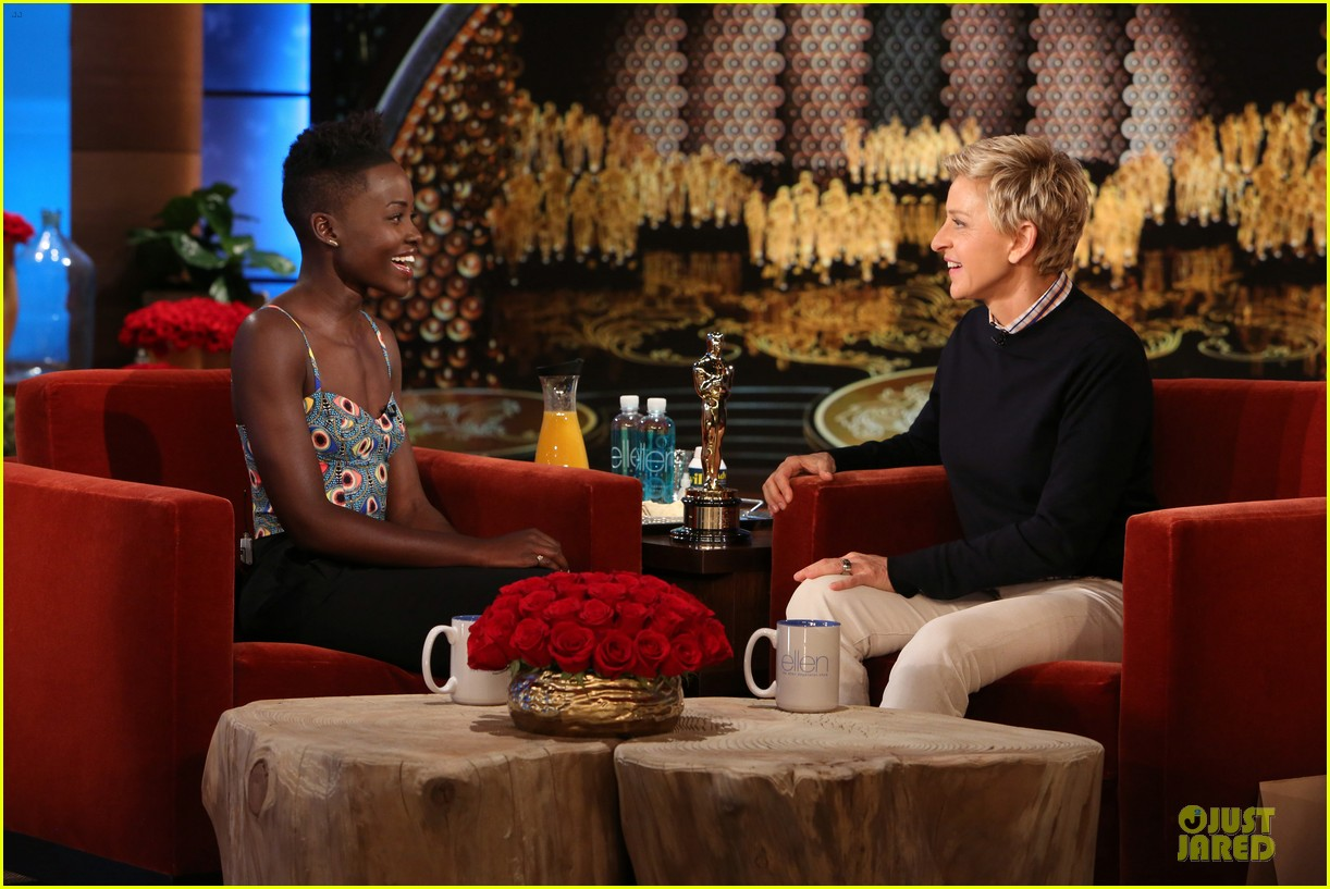 lupita nyongo upstaged by brother peter at oscars 133065538