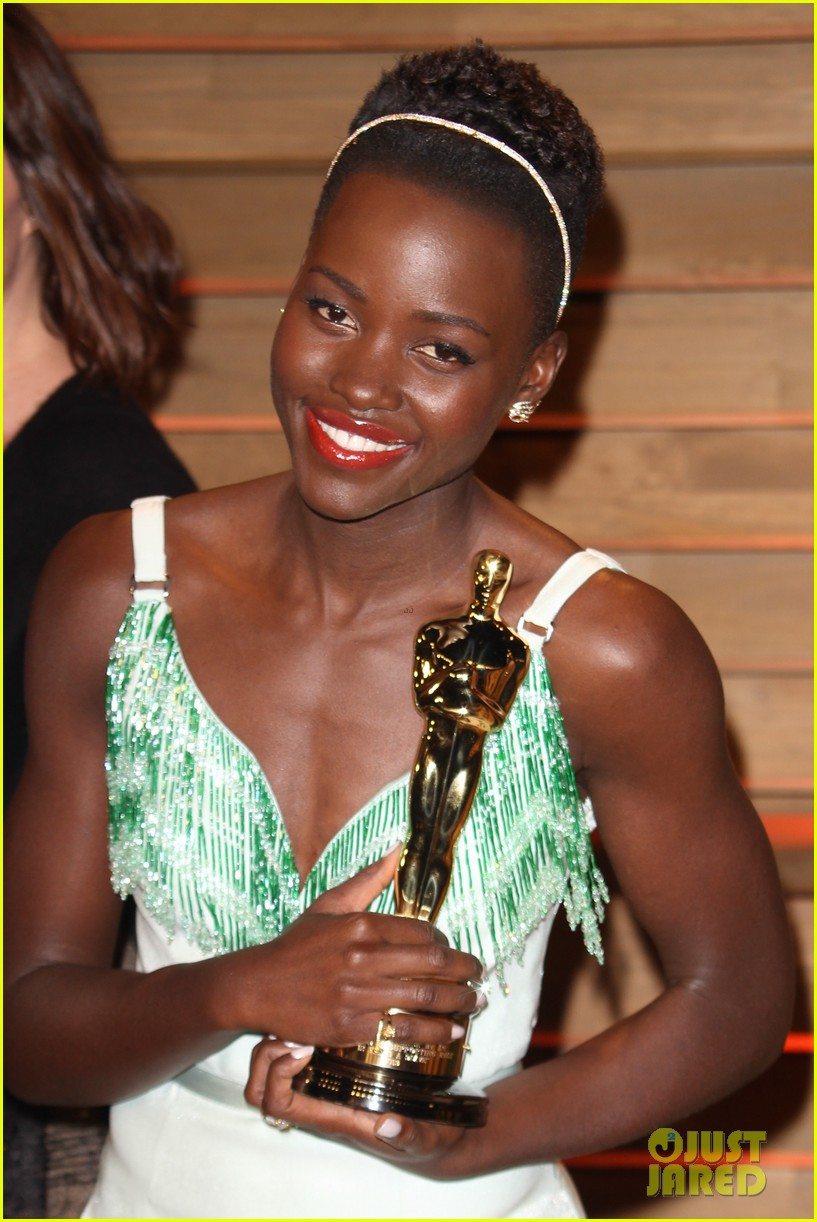 lupita nyongo vanity fair oscars party 2014 133064601