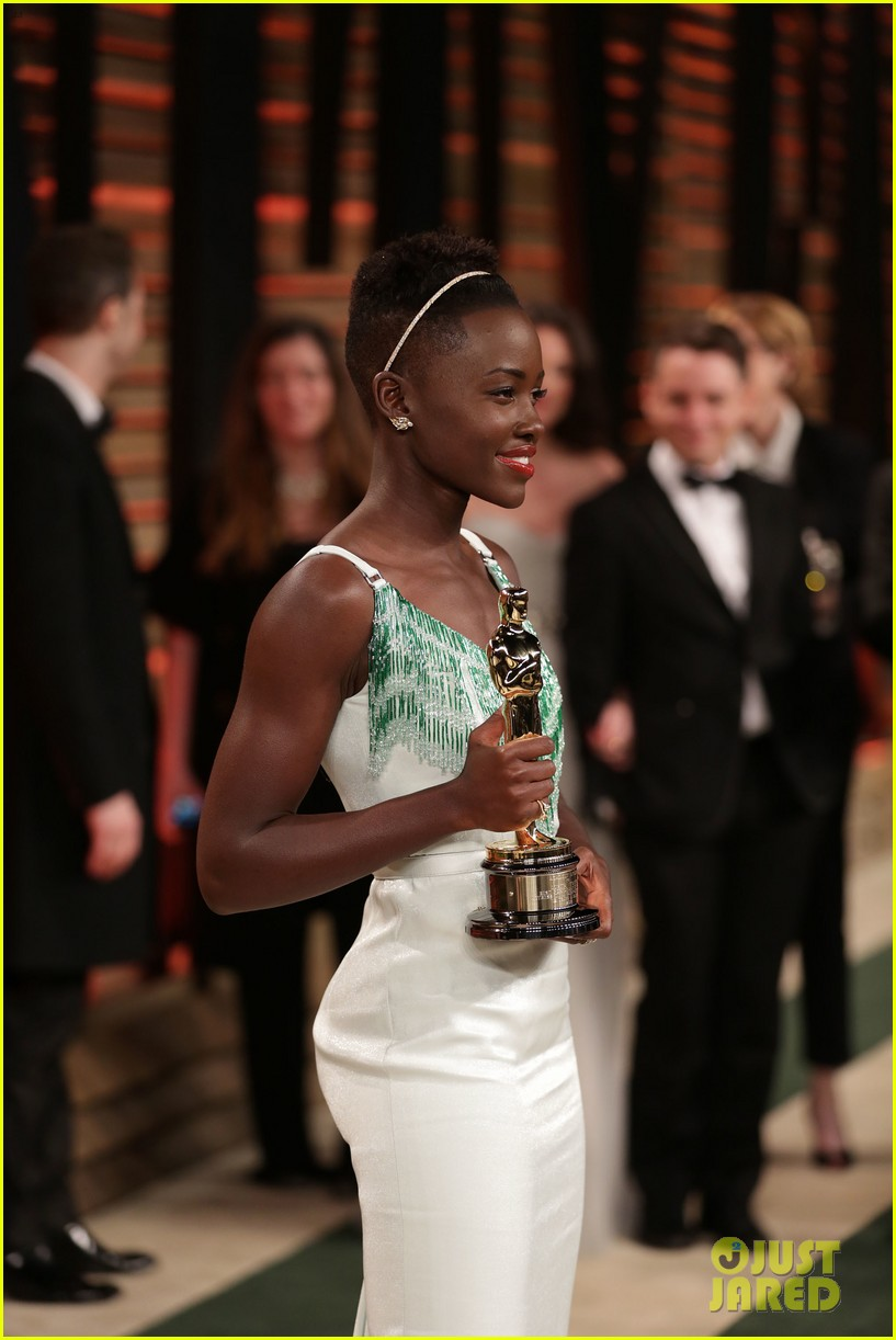 lupita nyongo vanity fair oscars party 2014 153064603