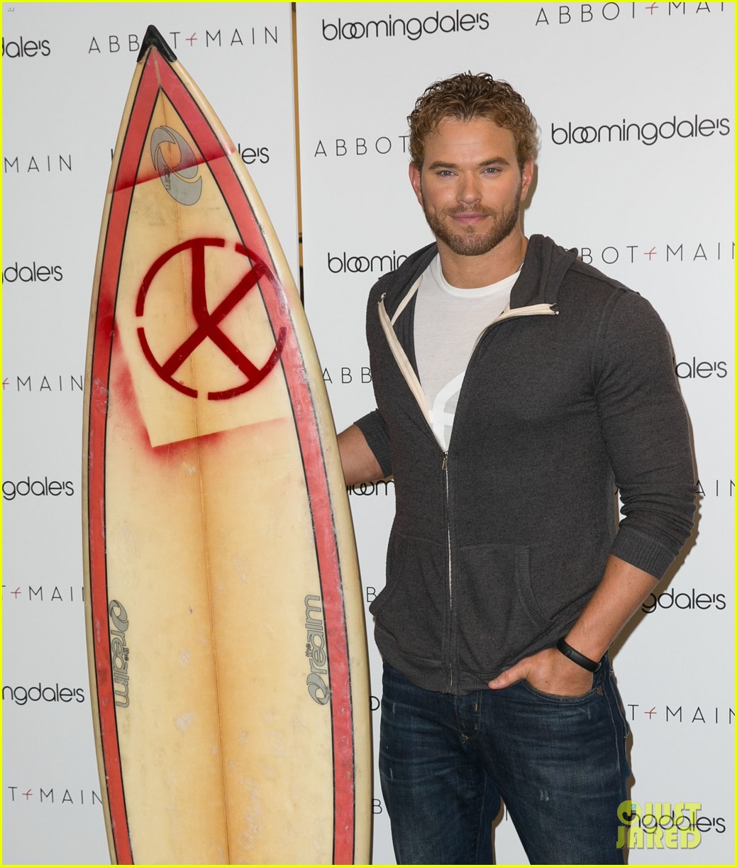 kellan lutz continues birthday celebrations abbot main 113077381