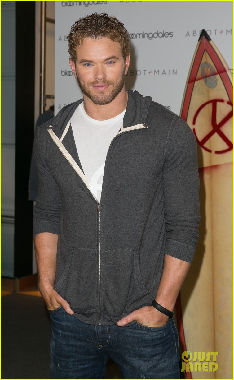 kellan lutz continues birthday celebrations abbot main 193077414