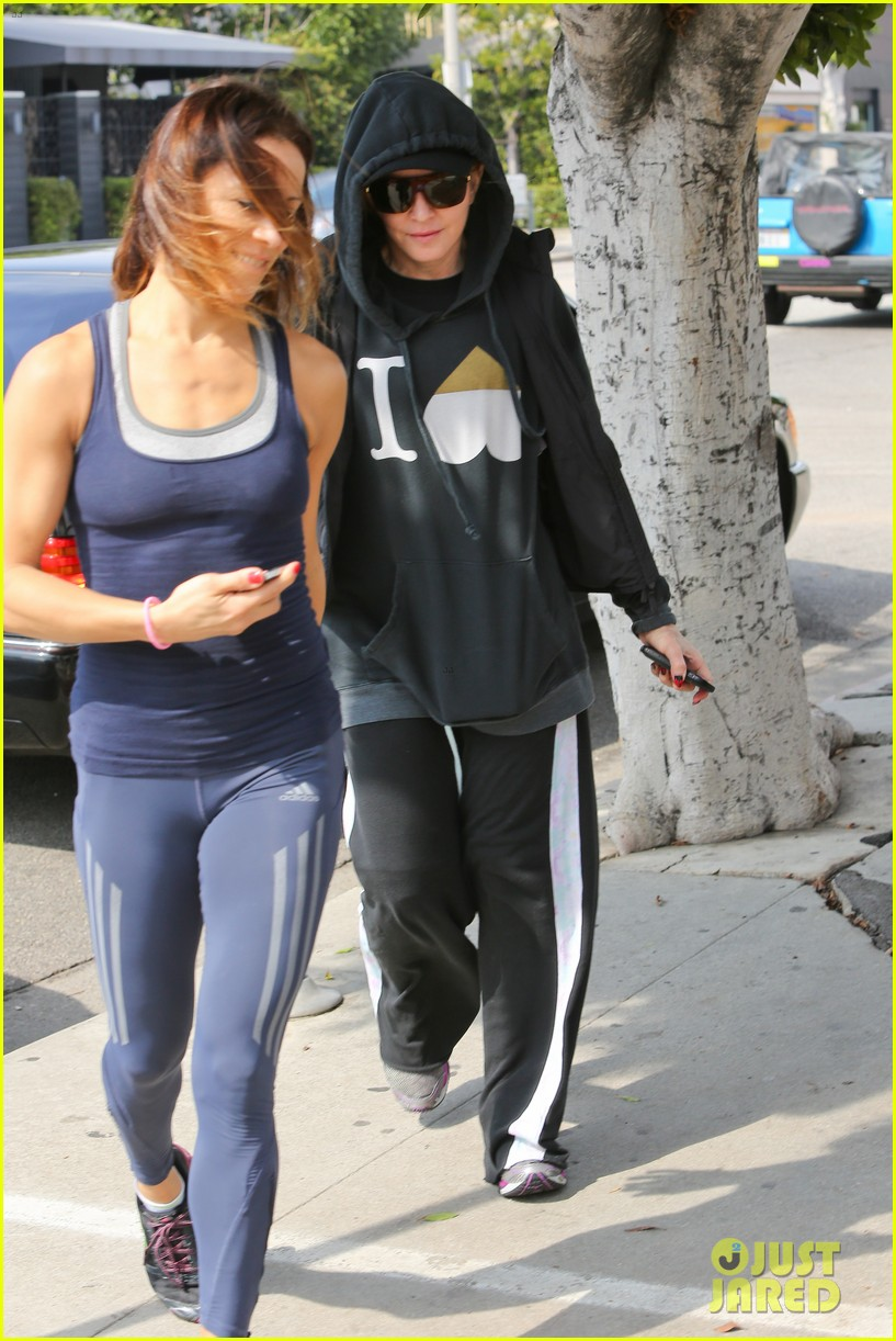 madonna works out after star studded oscars after party 023066408