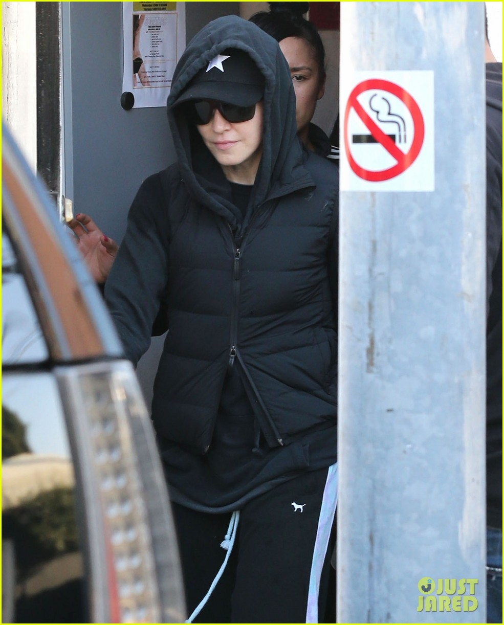 madonna works out after star studded oscars after party 053066411
