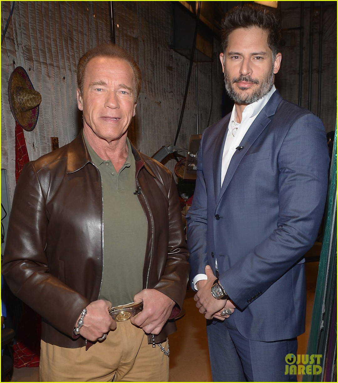 joe manganiello arnold schwarzenneger have some fun on despierta america 013079582