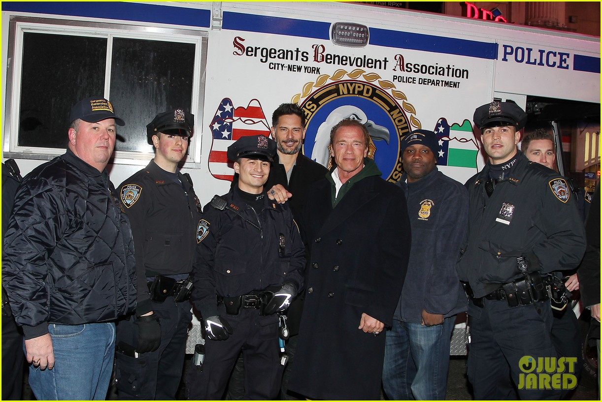 joe manganiello arnold schwarzenegger surprise nyc law enforcement 013077421