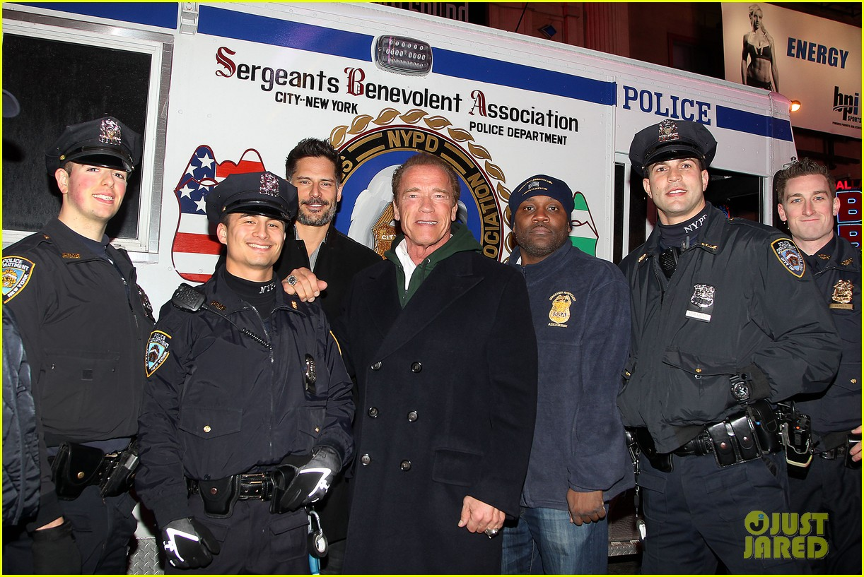 joe manganiello arnold schwarzenegger surprise nyc law enforcement 073077427