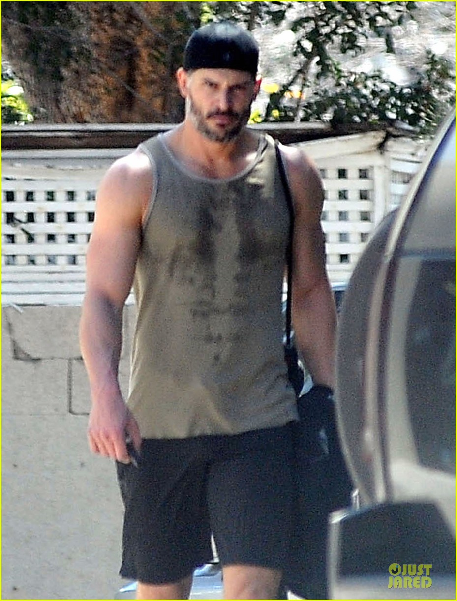 joe manganiello rewards for going to the gym 023081970