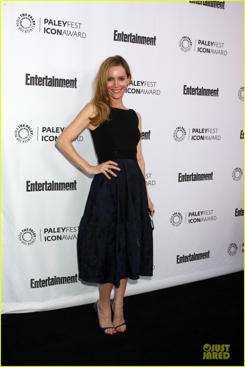 leslie mann support judd apatow at paleyfest 053070241