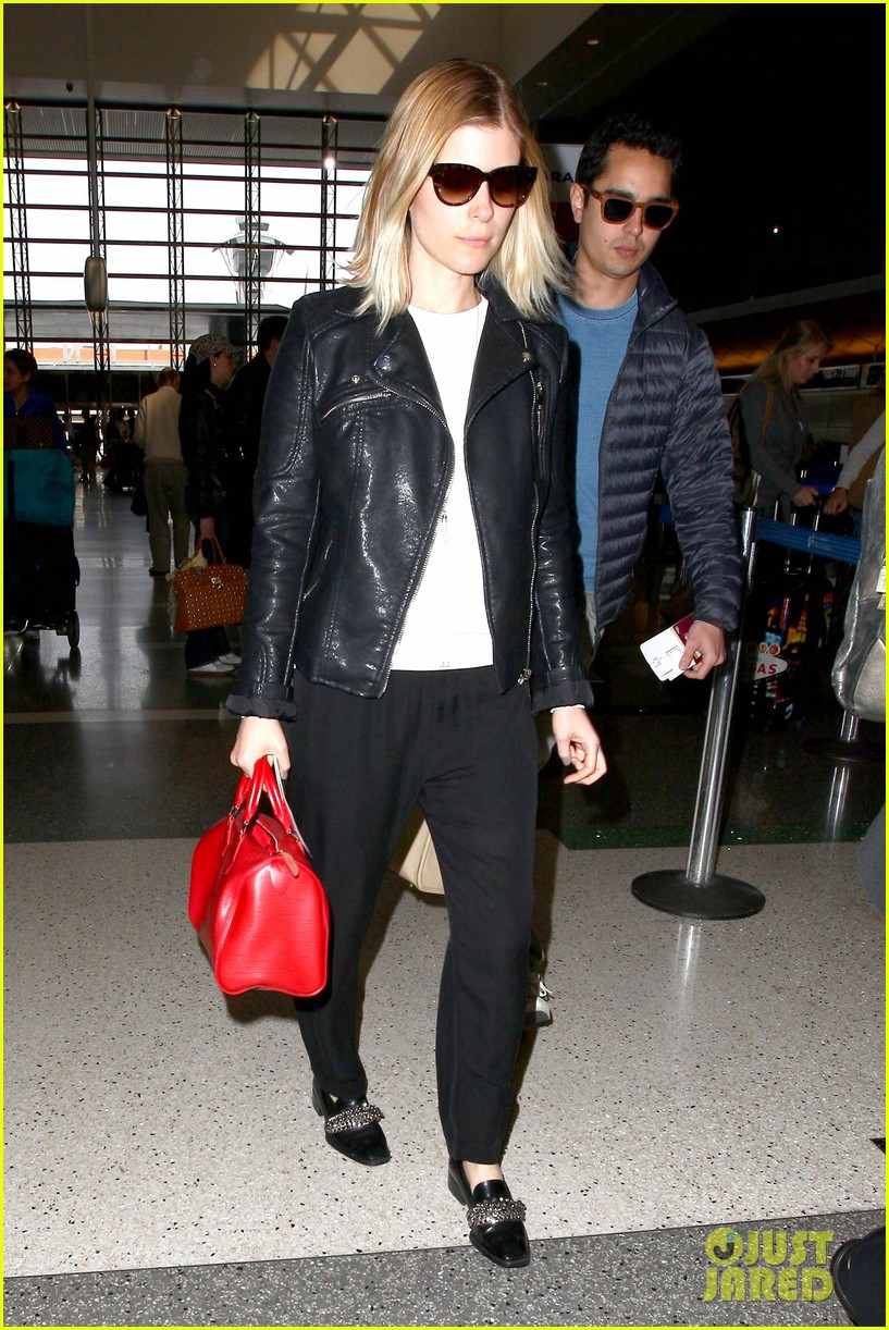 kate mara max minghella jet out of los angeles 10
