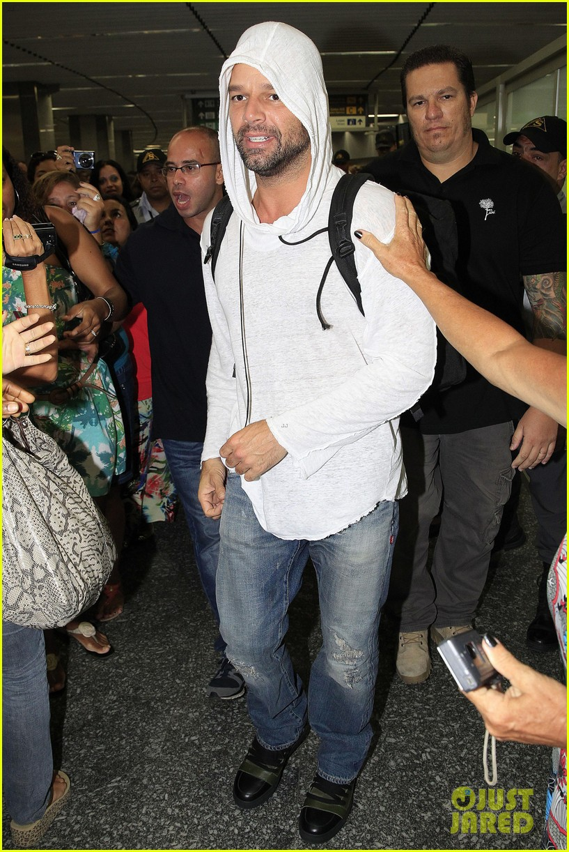 ricky martin to fans you deserve to be happy 063069324