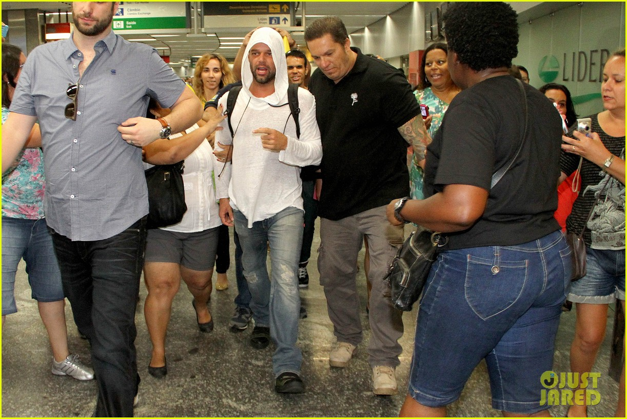 ricky martin to fans you deserve to be happy 173069335