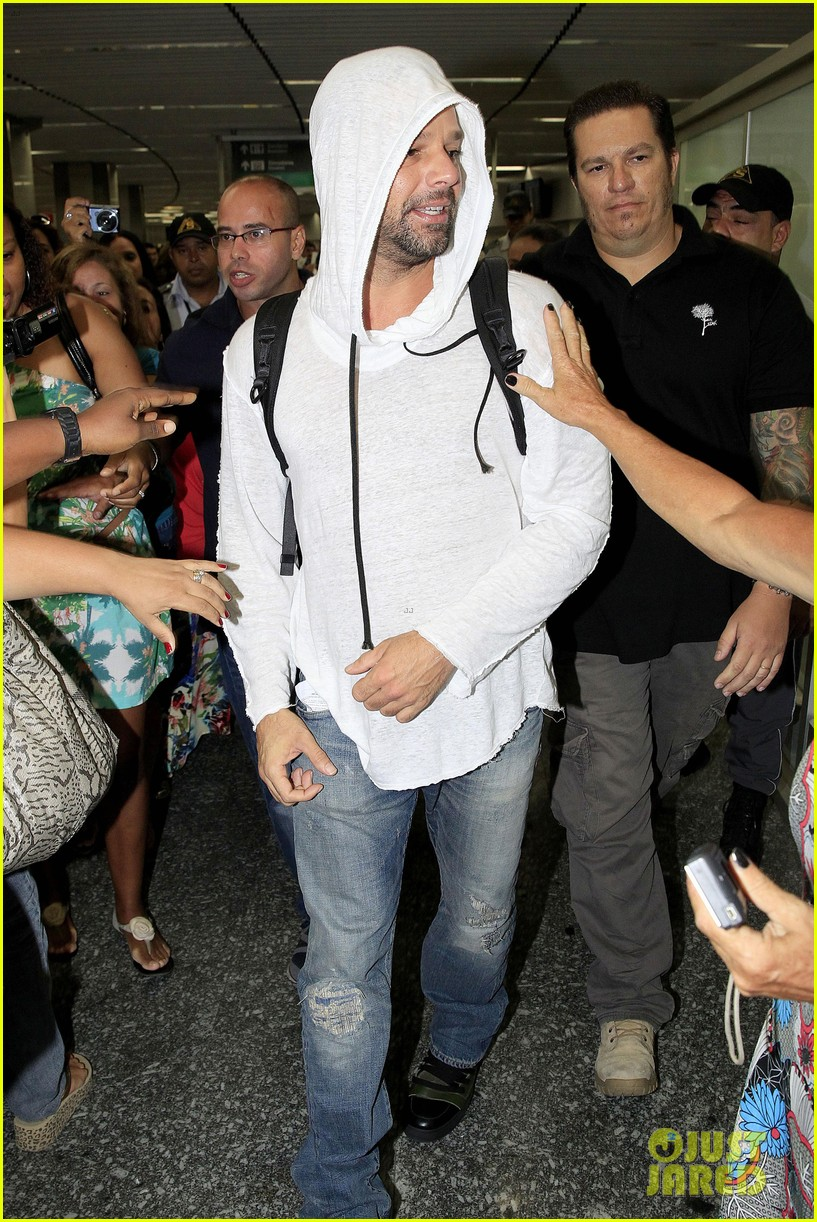ricky martin to fans you deserve to be happy 183069336