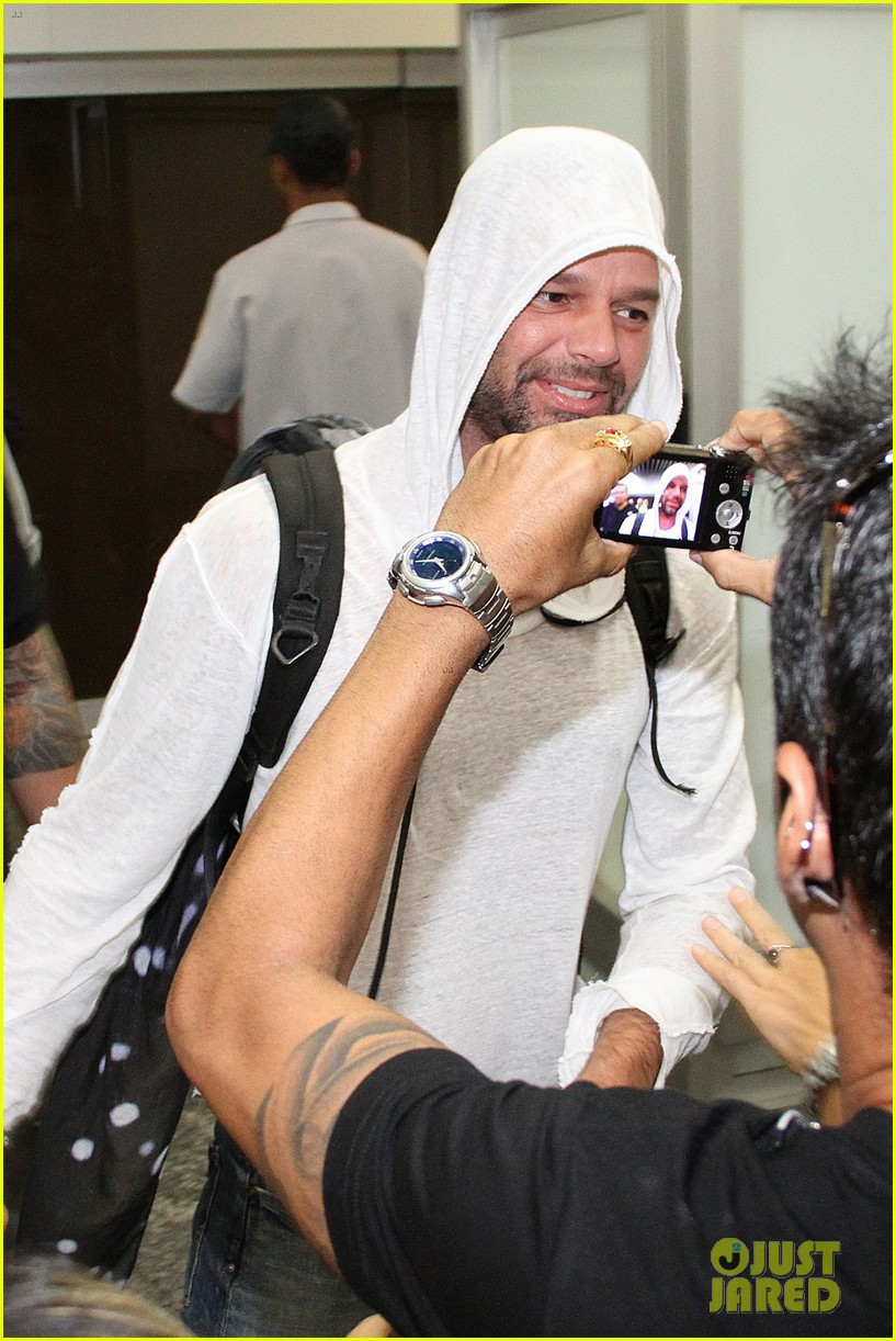 ricky martin to fans you deserve to be happy 213069339