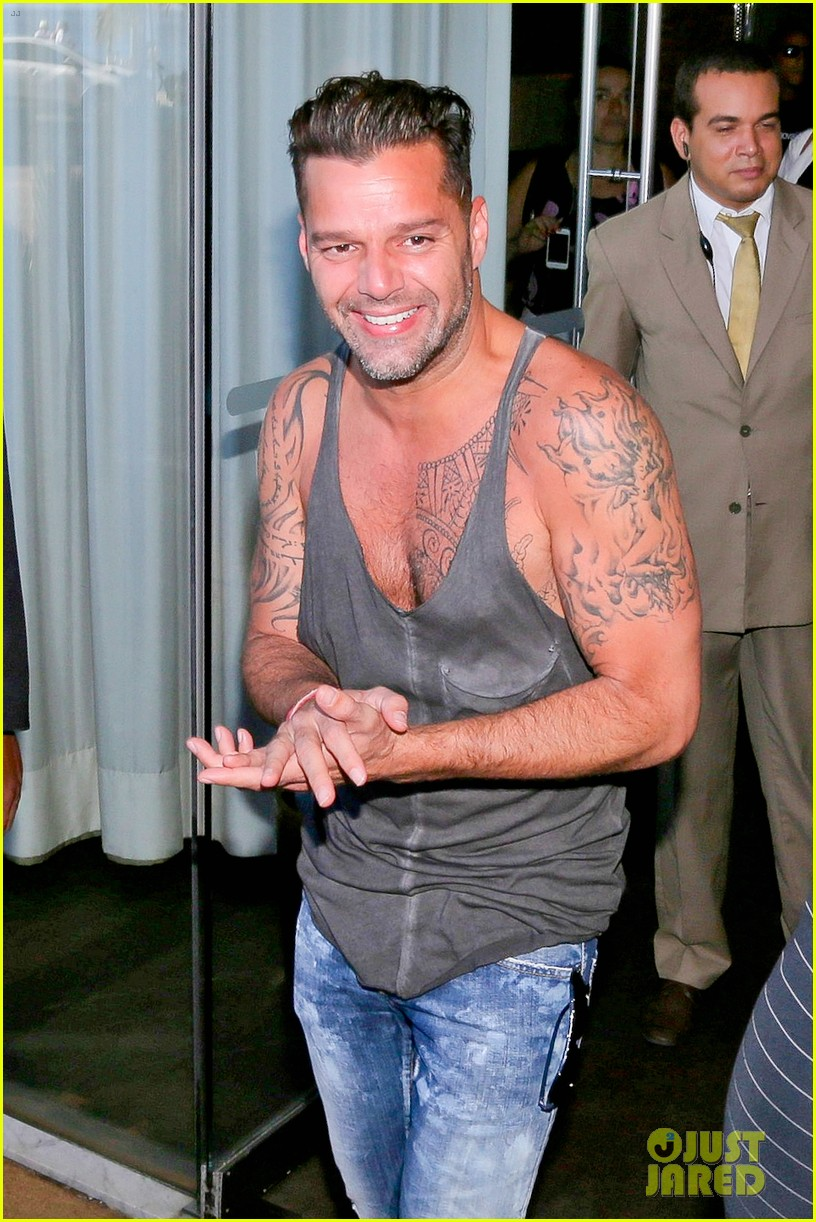 ricky martin films music video for world cup 013070311