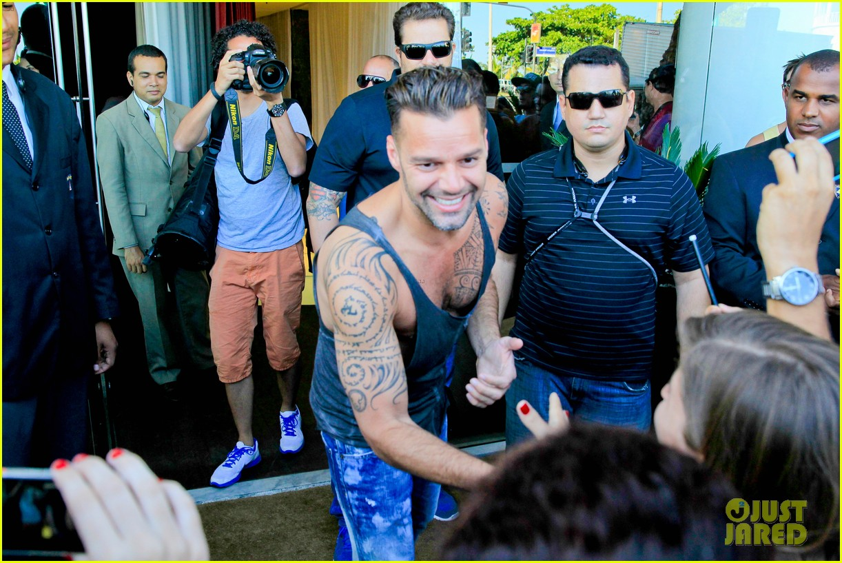 ricky martin films music video for world cup 133070323