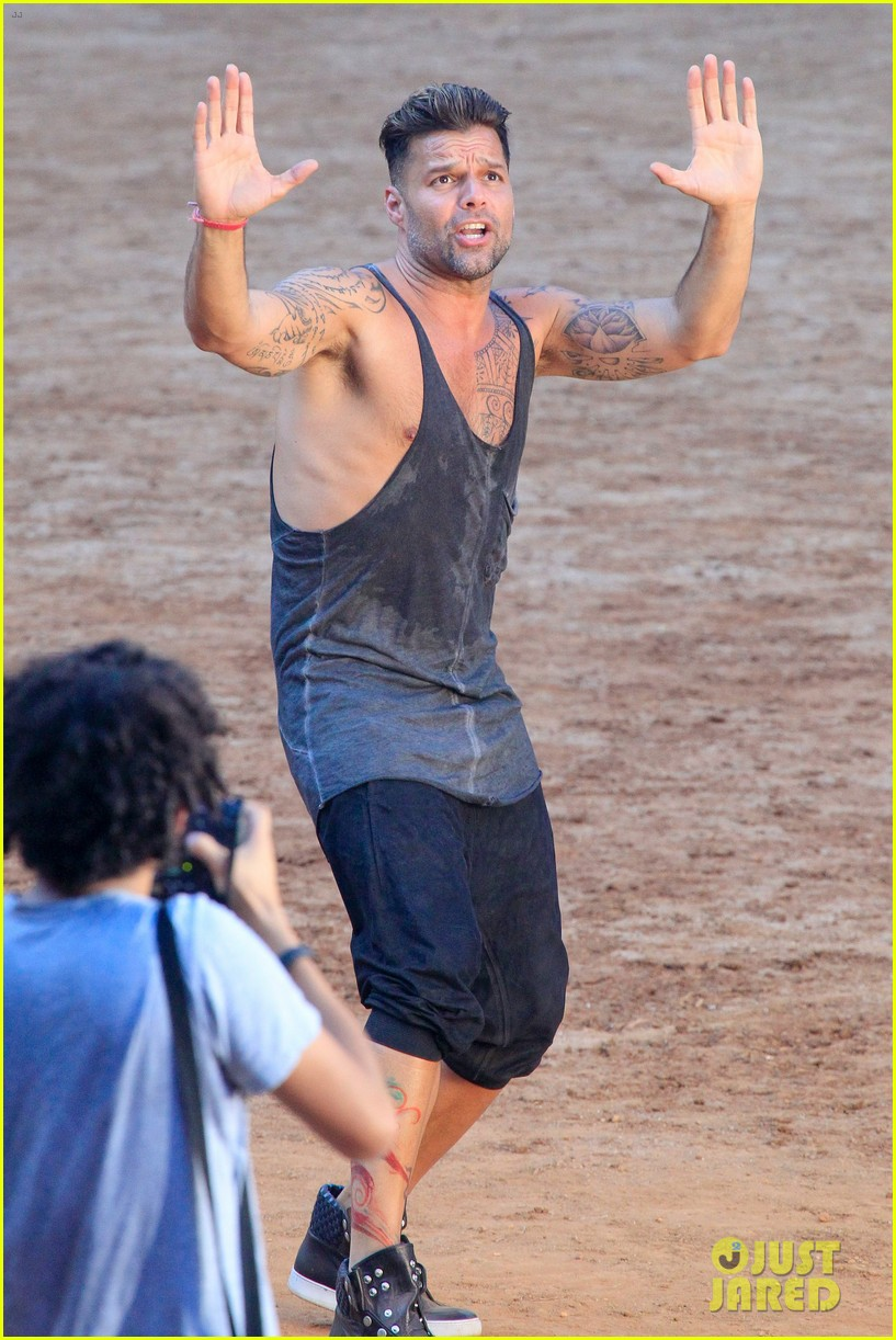 ricky martin films music video for world cup 183070328