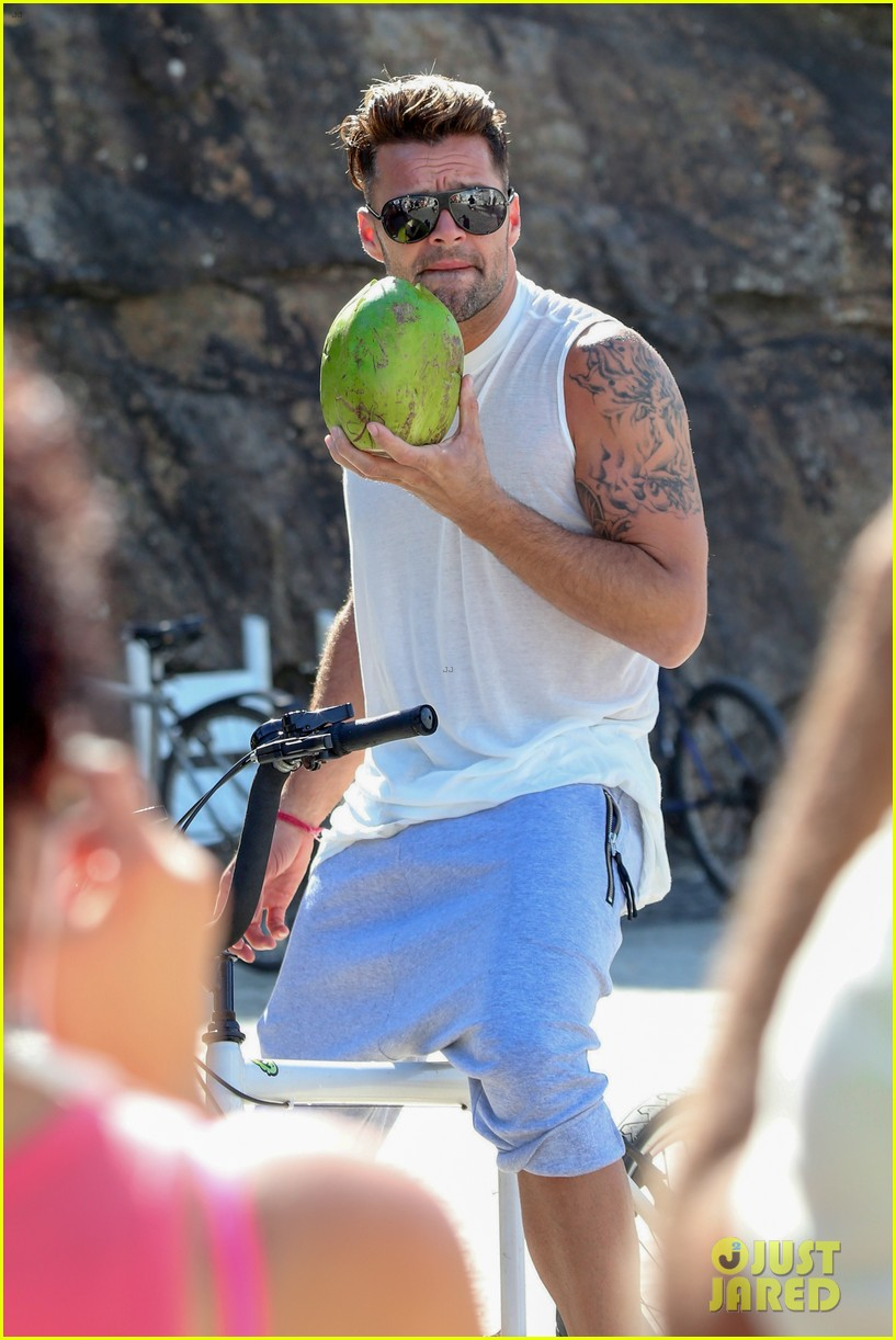 ricky martin films music video for world cup 293070339