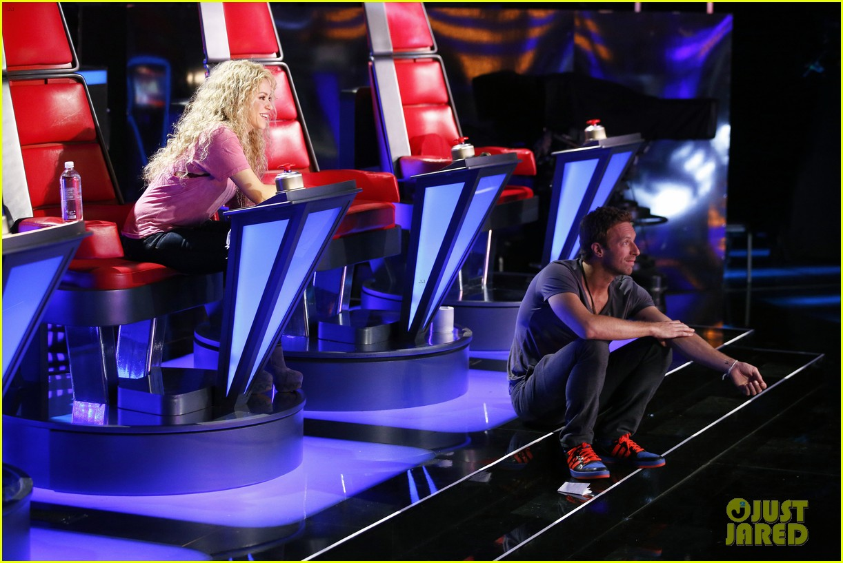 chris martin helps coaches on the voice 07