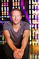 chris martin helps coaches on the voice 03