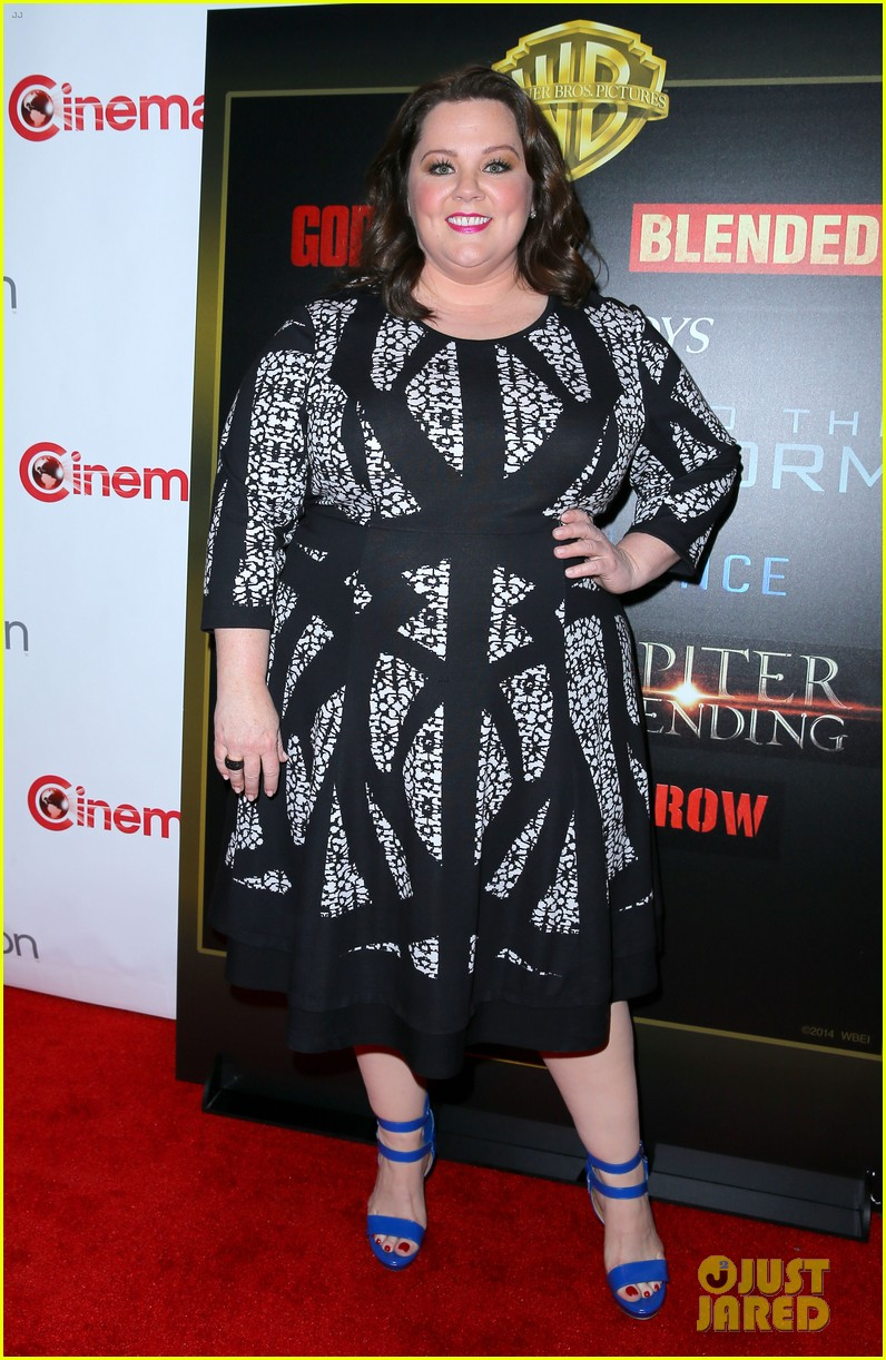 melissa mccarthy brings tammy to cinemacon 09