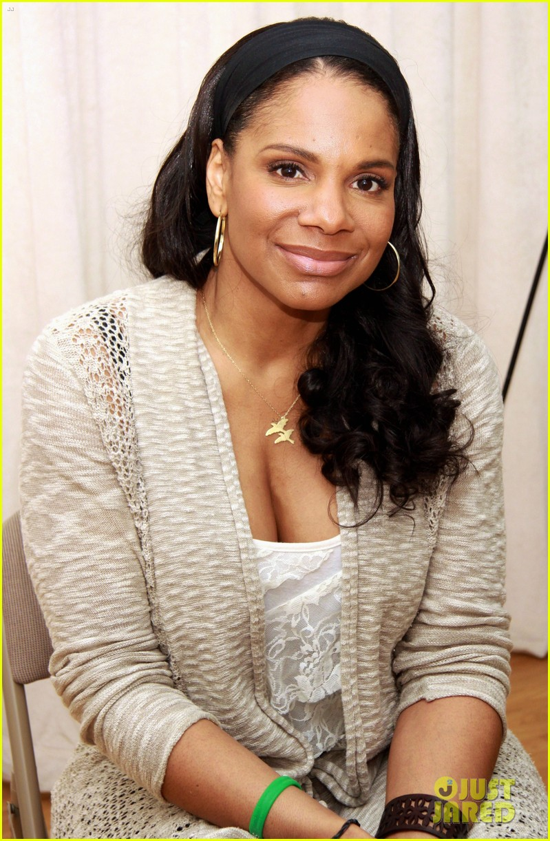 audra mcdonald preps to play billie holliday 053073732