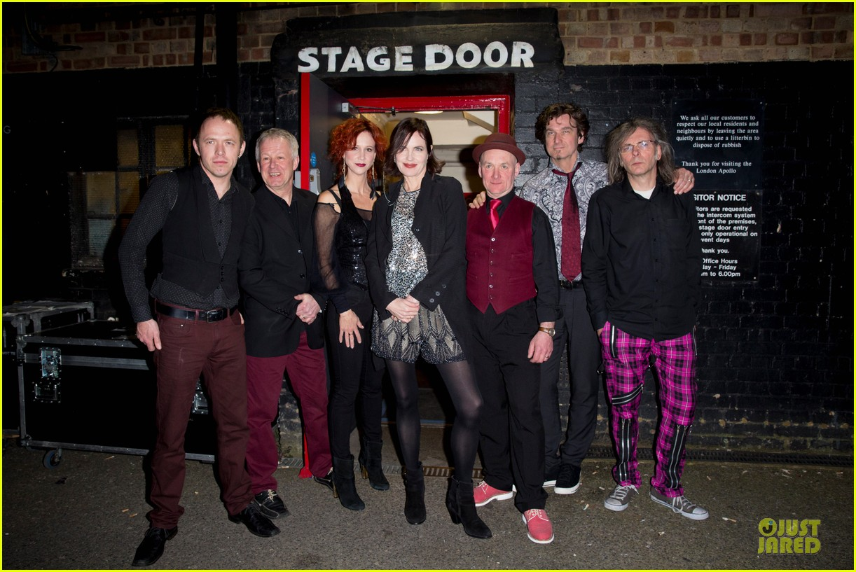 elizabeth mcgovern muiscal with sadie and the hotheads 053073374