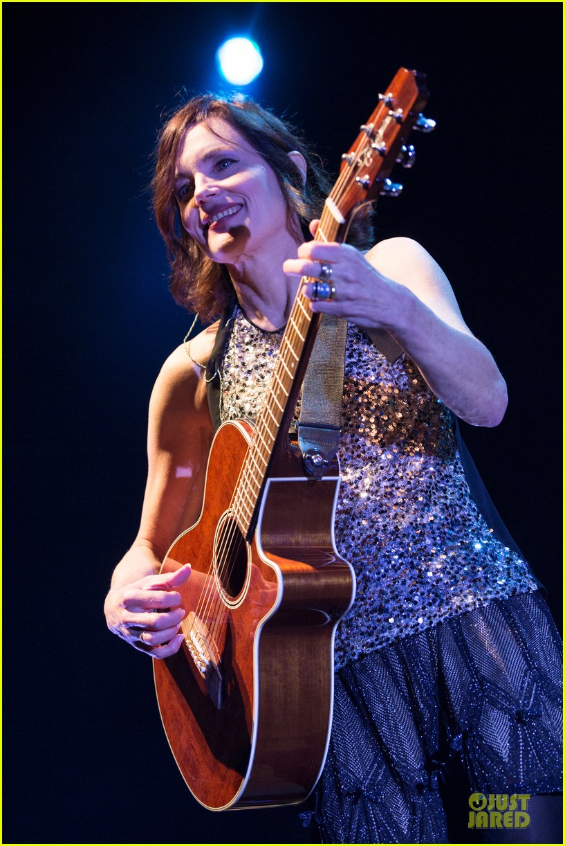 elizabeth mcgovern muiscal with sadie and the hotheads 073073376