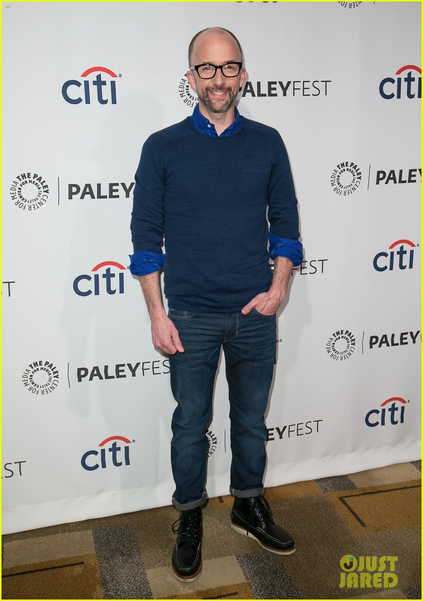 joel mchale gillian jacobs are honored at paleyfest for community 113079626