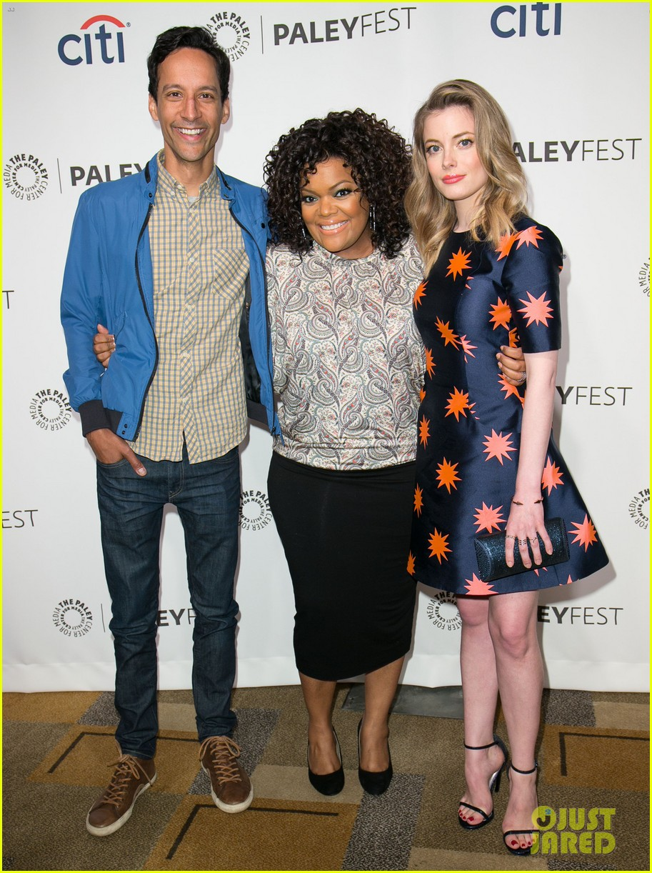 joel mchale gillian jacobs are honored at paleyfest for community 163079631