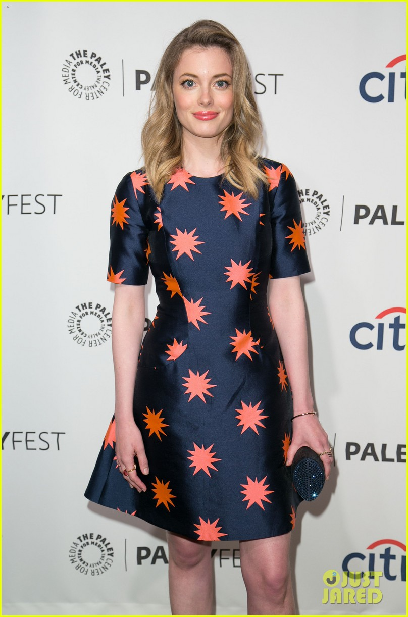 joel mchale gillian jacobs are honored at paleyfest for community 213079636