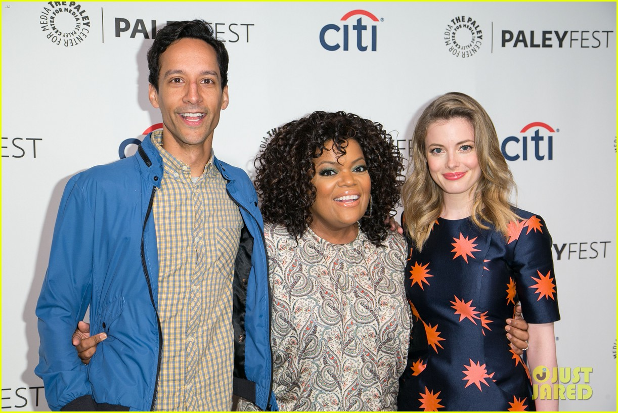joel mchale gillian jacobs are honored at paleyfest for community 223079637