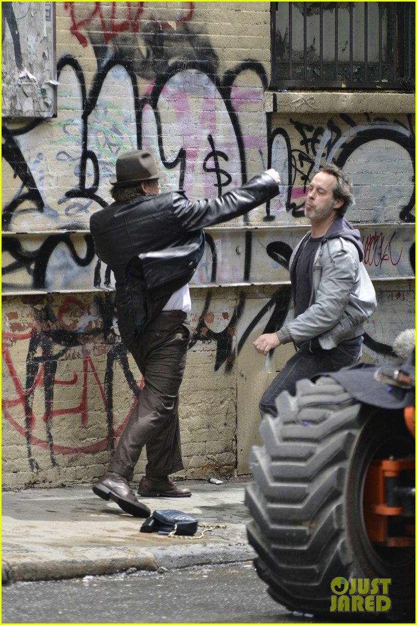 ben mckenzie donal logue gotham fight scene 213075877