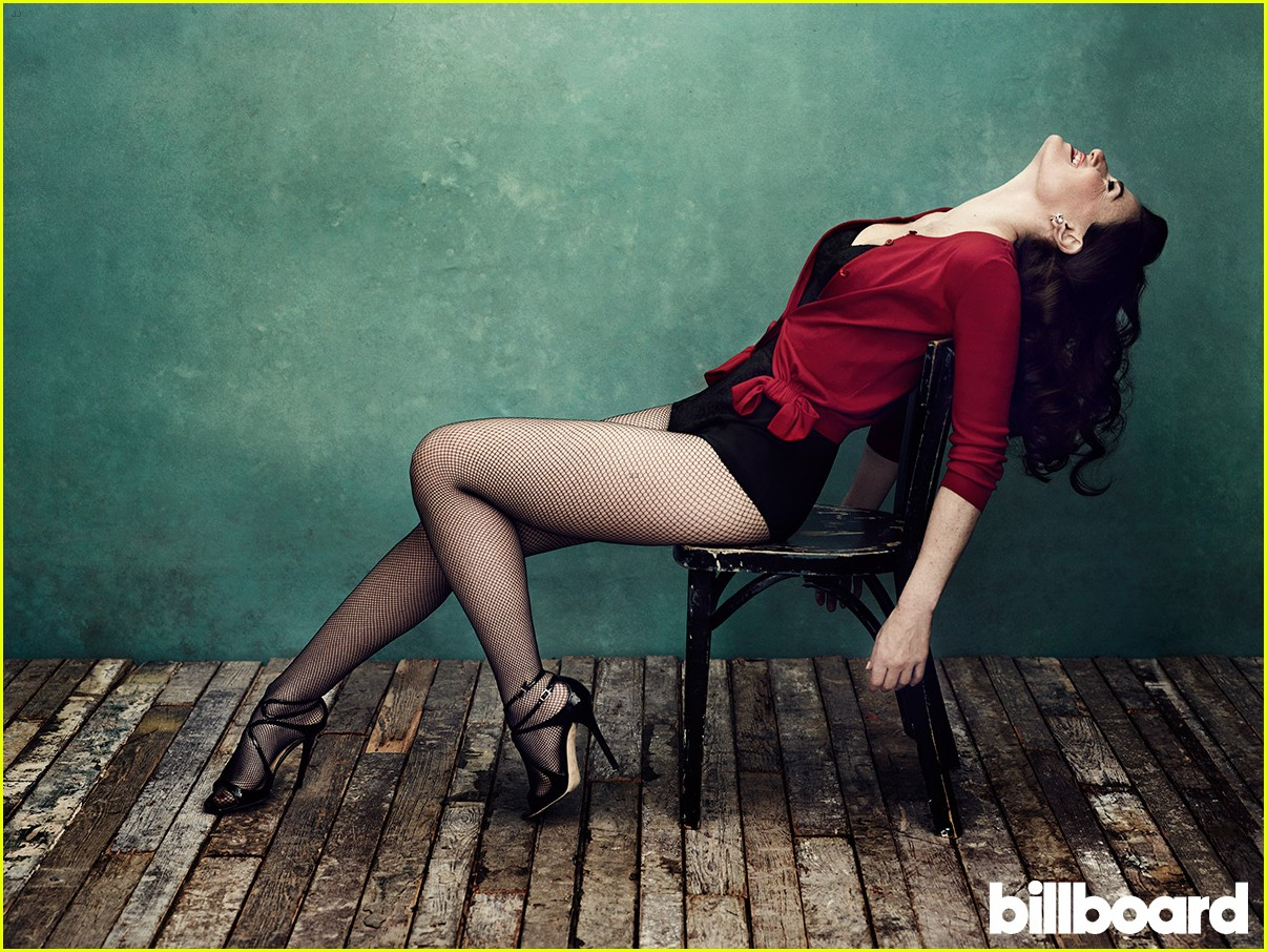 idina menzel billboard magazine photo shoot 013077714