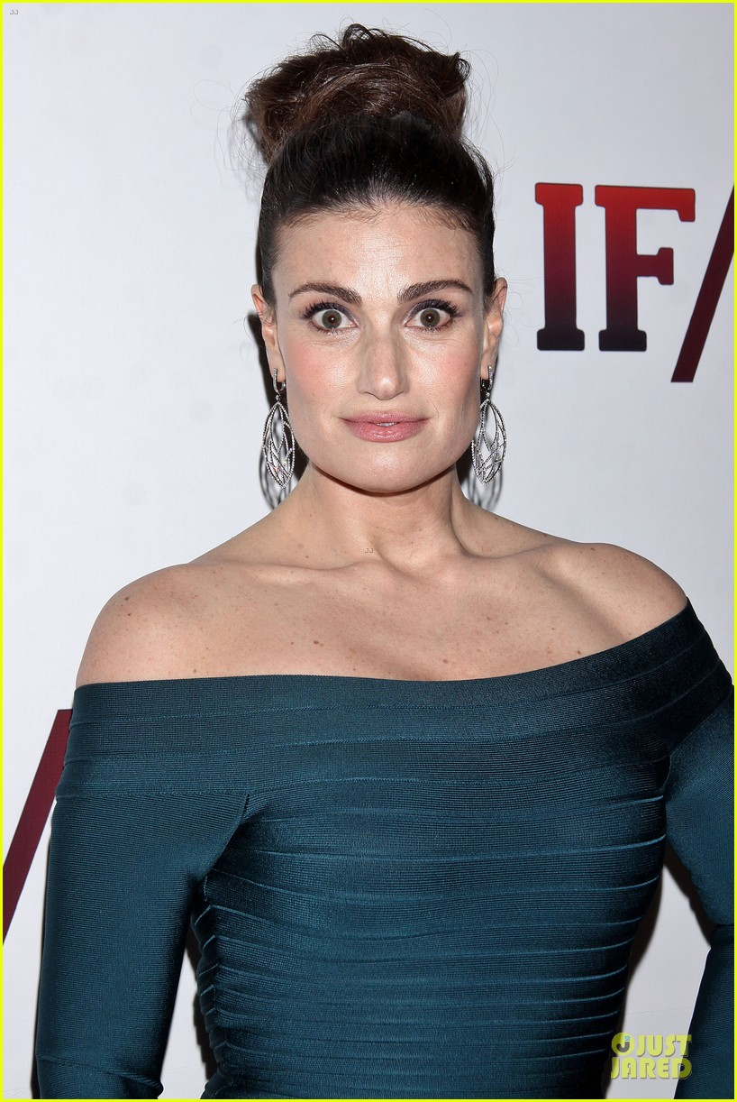 idina menzel shoulders should get you to see if then 043082015