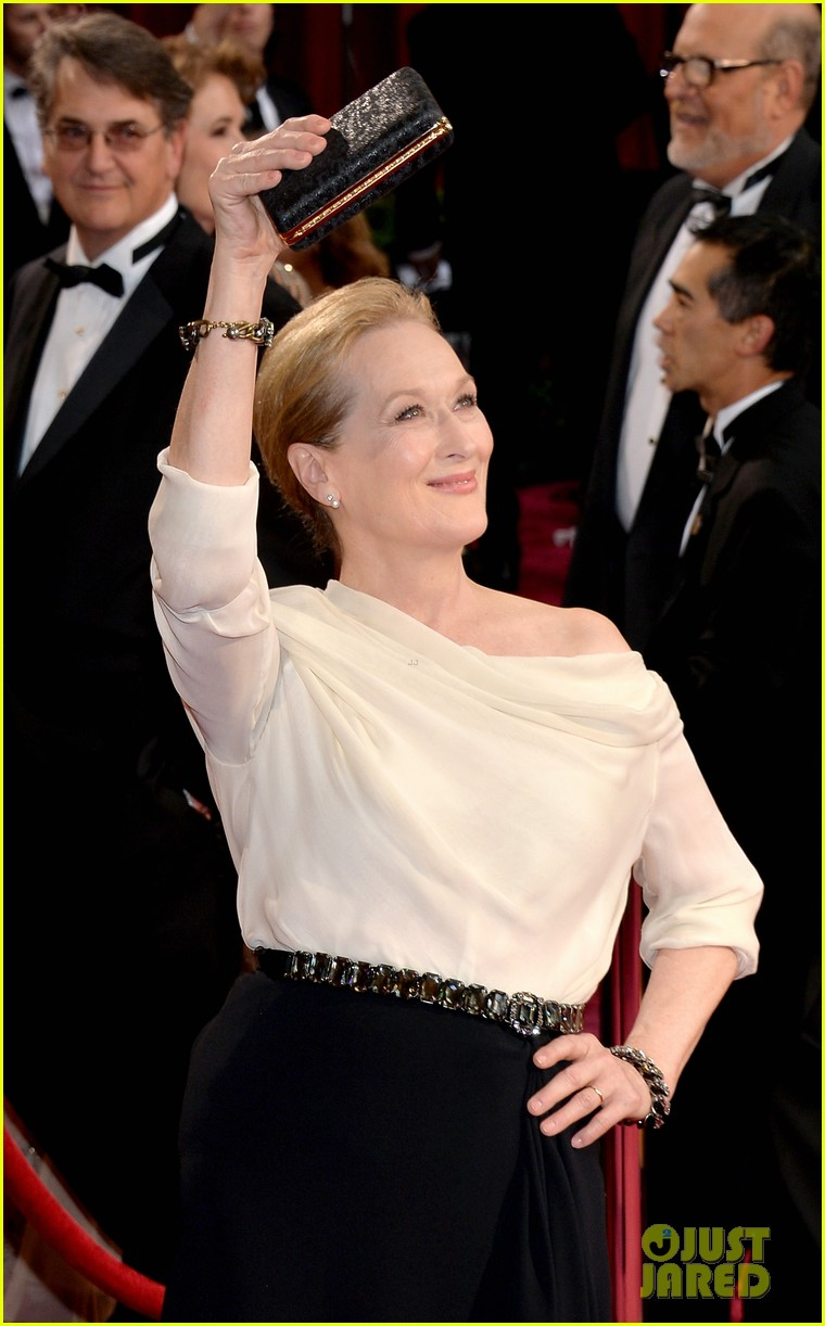 eighteen time nominee meryl streep arrives at oscars 2014 02