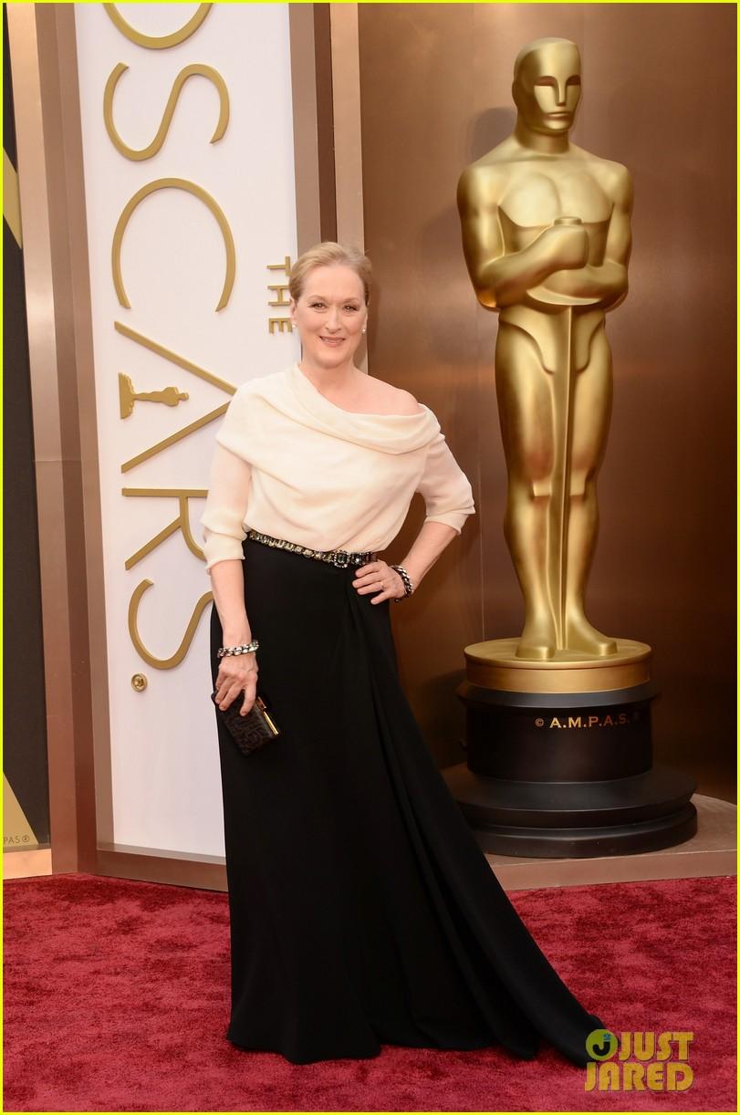 eighteen time nominee meryl streep arrives at oscars 2014 053063891