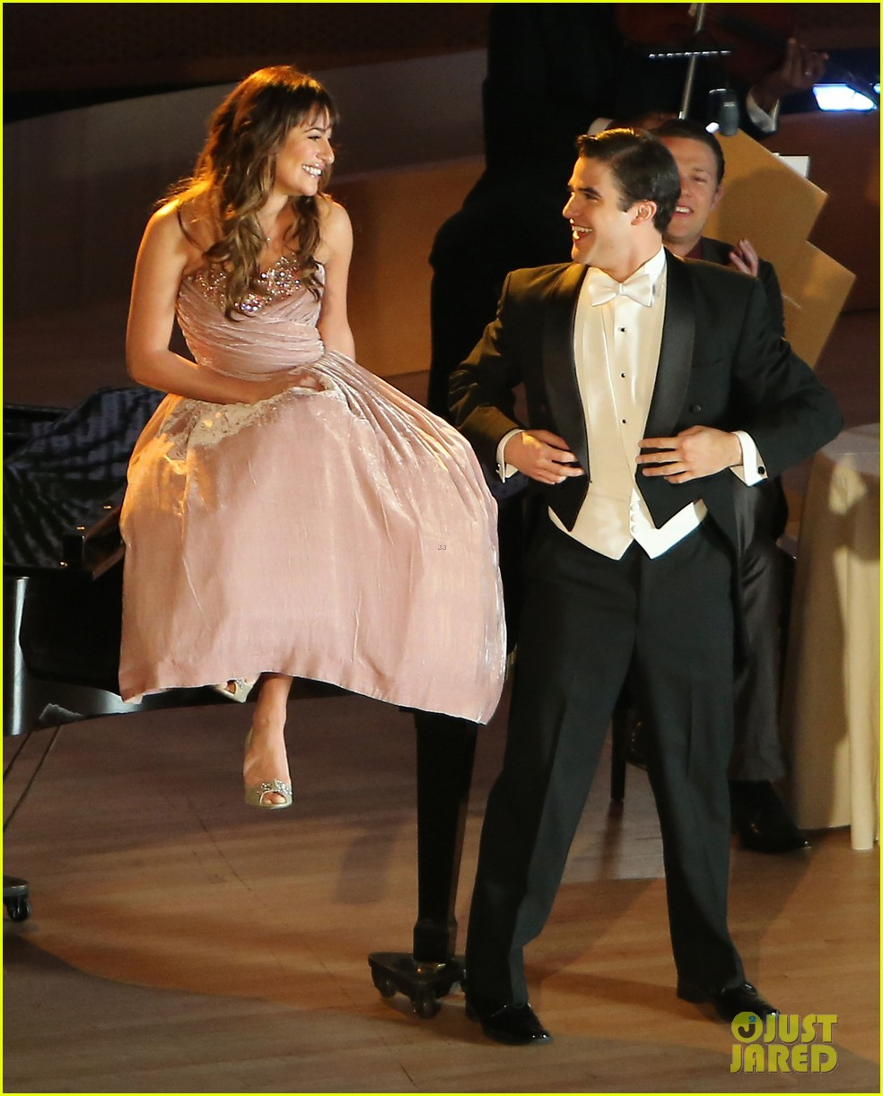 lea michele darren criss classic broadway number glee 053079874