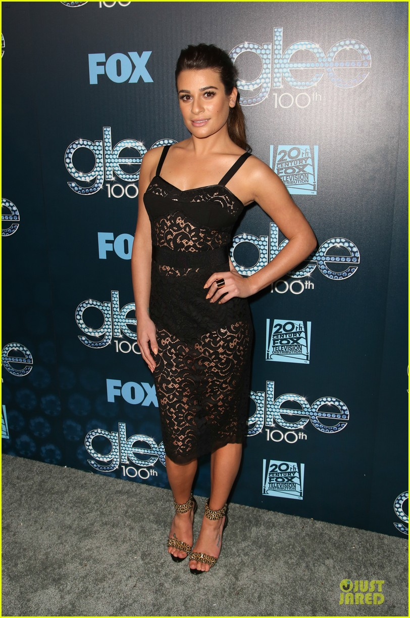 lea michele show off their assets at glee 013074489