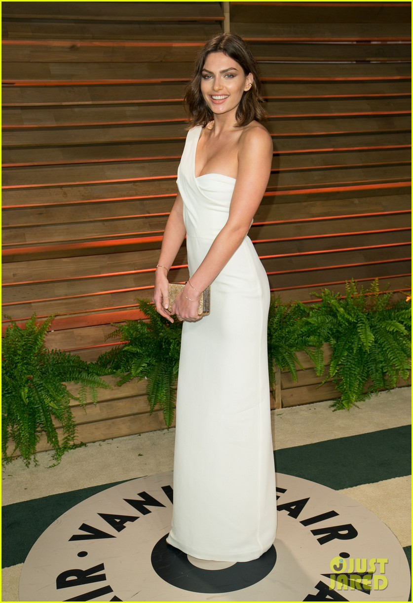 alyssa miller crystal renn vanity fair oscar party 2014 013064895