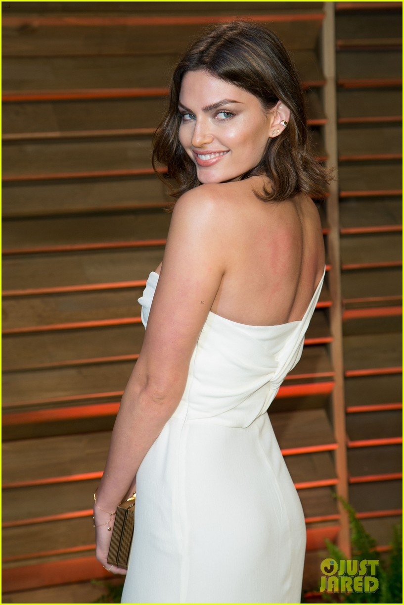 alyssa miller crystal renn vanity fair oscar party 2014 093064903